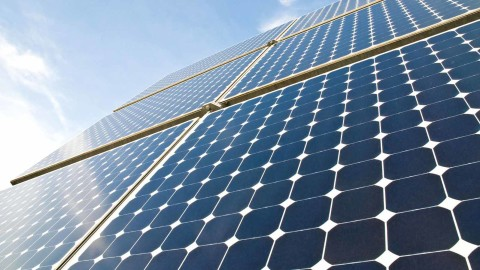 Svetový rekordman v efektívnosti solárnych panelov