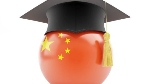 Čína podporí akademikov s cieľom oživiť ekonomiku