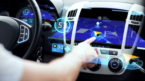 Daimler a Uber chcú spoluprácu pri autonómnom jazdení
