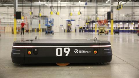 Automatizovaný priemyselný logistický robot
