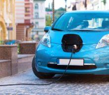 Prečo sa Nissan rozhodol nakupovať batérie pre elektromobily externe?