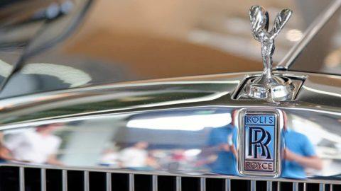 Rolls-Royce zruší ďalších 200 manažérskych pozícií