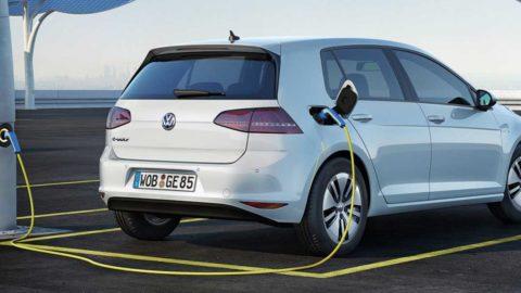 Volkswagen si chce napraviť reputáciu rýchlo-nabíjateľným elektromobilom