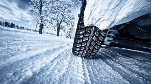 Motoristi by sa mali na zimu pripraviť včas