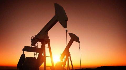 Nízke ceny ropy nútia koncerny experimentovať s novými technológiami