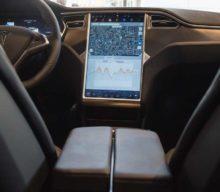 Všetky budúce vozidlá Tesly budú vybavené úplne autonómnym softvérom