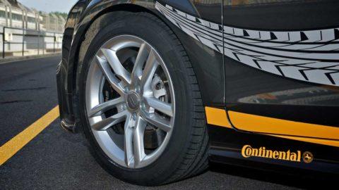 Rozmach elektromobilov pripraví Continental o časť pracovných miest