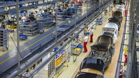 Kia na Slovensku v minulom roku vyrobila rekordných 612 900 motorov a 339 500 automobilov