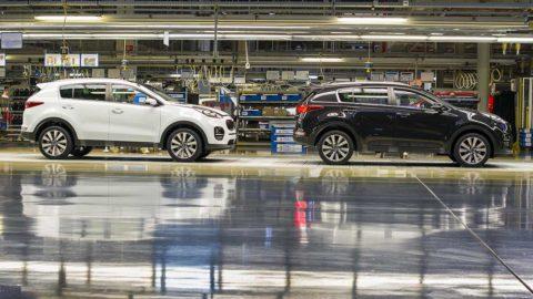 Kia Motors Slovakia navrhla celkové zvýšenie mzdy pre výrobných zamestnancov o viac ako 100 eur mesačne