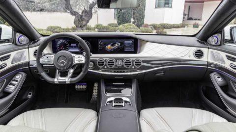 Modernizovaný Mercedes-AMG S 63 4MATIC+ a S 65
