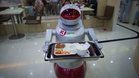 Predpoveď: v ekonómii robotov budú všetci ľudia marketéri