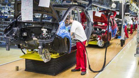 Kia Motors Slovakia predstavila zamestnancom návrh zvýšenia miezd na nasledujúce tri roky
