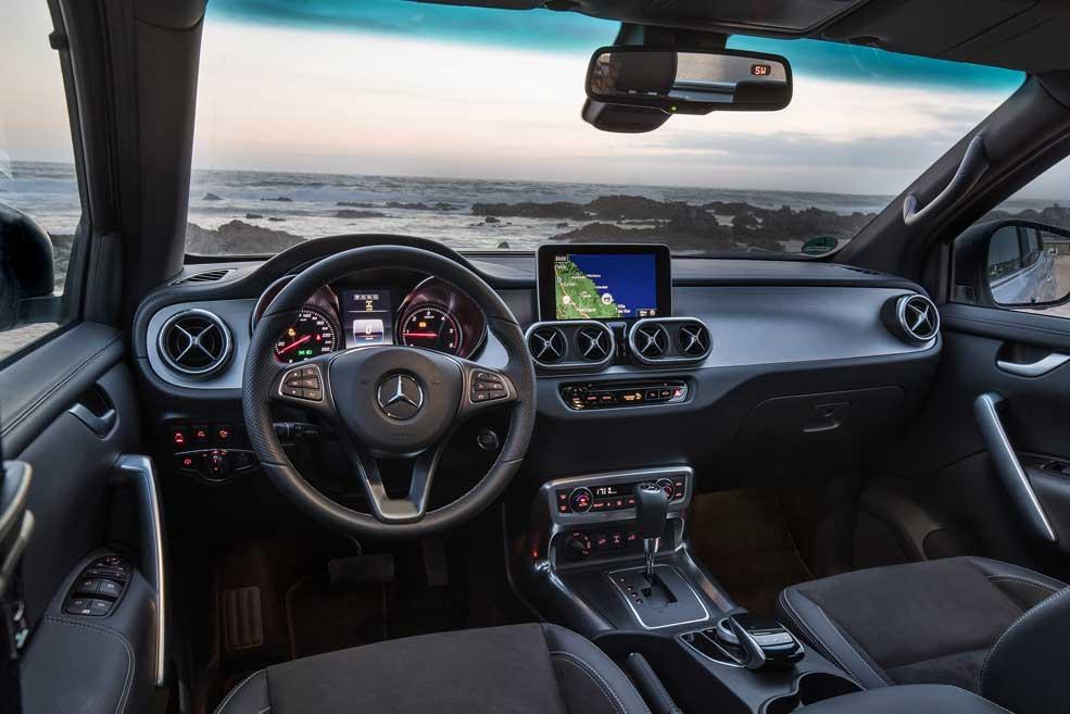 Obytný automobil Mercedes - interiér