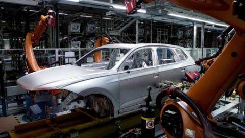 Udáva smer – nový Volkswagen Touareg