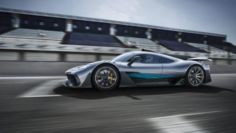 Mercedes-Benz na autosalóne s novou Triedou A i super športom Project ONE