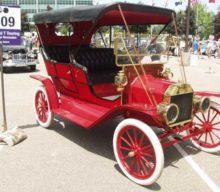 Obavy zdojazdu benzínových áut spred storočia pripomínajú dnešné elektromobily