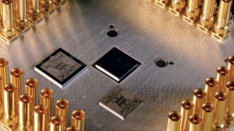 Daimler skúma s Google použitie kvantových počítačov
