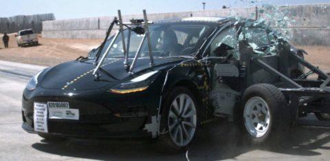 Model 3 dosiahol najnižšiu pravdepodobnosť úrazu zo všetkých automobilov