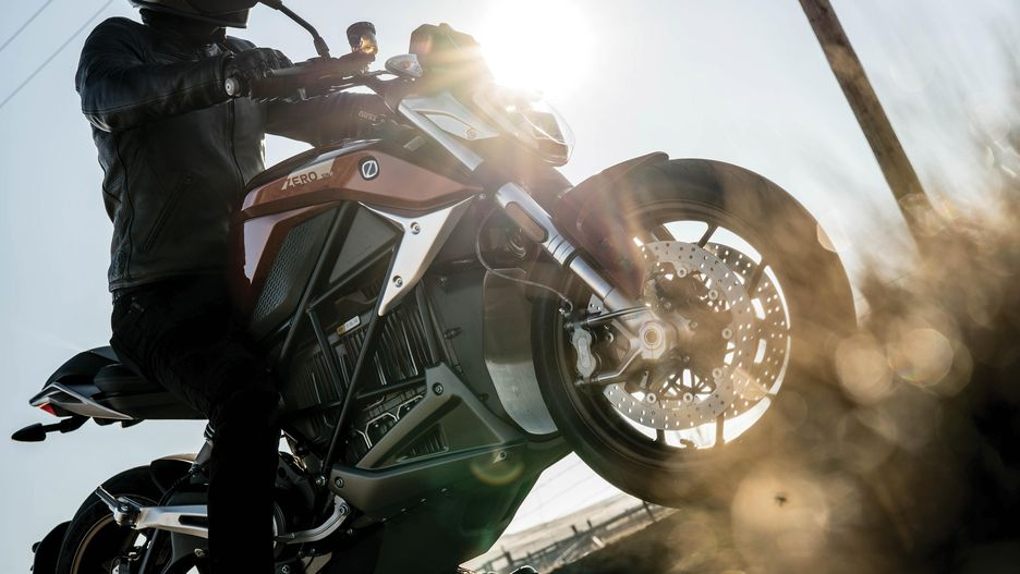 Zero SR/F 2019 elektrický motocykel
