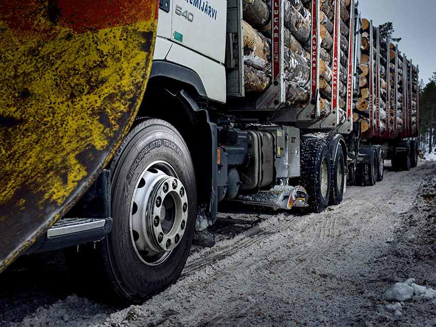Pneumatiky Nokian Hakkapeliitta Truck-F2