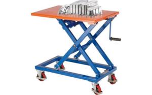 Vozík so zdvíhacím stolom uľahčí prácu najmä v dielňach