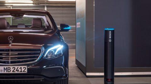 Plnoautomatizované parkovanie – svetová premiéra