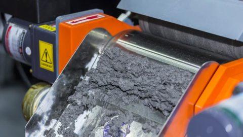 Profesionálny prístroj na náročnú separáciu nemagnetických kovov